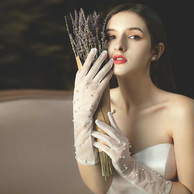 Ivory Wedding Glove Long Finger Bridal Gloves Party Dress Tulle Gloves With Pearls Decoration Luva De Noiva Wedding Accessories