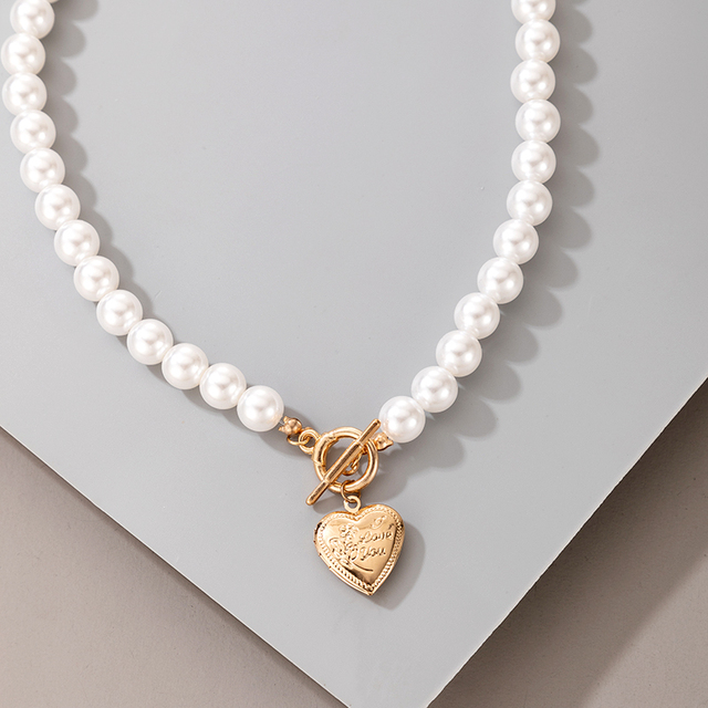 pearl and pendant necklace 3