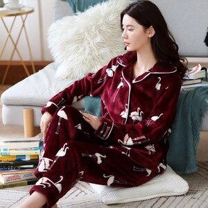 Image 3 - 2020 yetişkin pijama kadın pazen pijama Unisex sevimli Unicorn dikiş karikatür hayvanlı pijama setleri çocuklar kapşonlu pijama gecelik