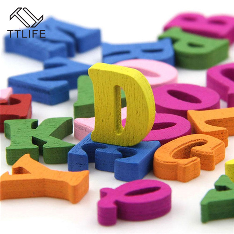 100 pcs Artigianato Fai Da Te Per Bambini Puzzle Giocattoli Educativi di Legno di Alfabeto Giocattolo Scrabble Lettere Colorate Lettere Decorative Numeri