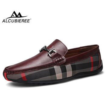 ALCUBIEREE Mens Loafers Casual Slip-on Driving Shoes for Male Breathable Flat Moccasins Comfortable Genuine Leather Footwear zenvbnv 2017 new slip on casual men loafers spring and autumn mens moccasins shoes genuine leather men s flats pigskin shoes