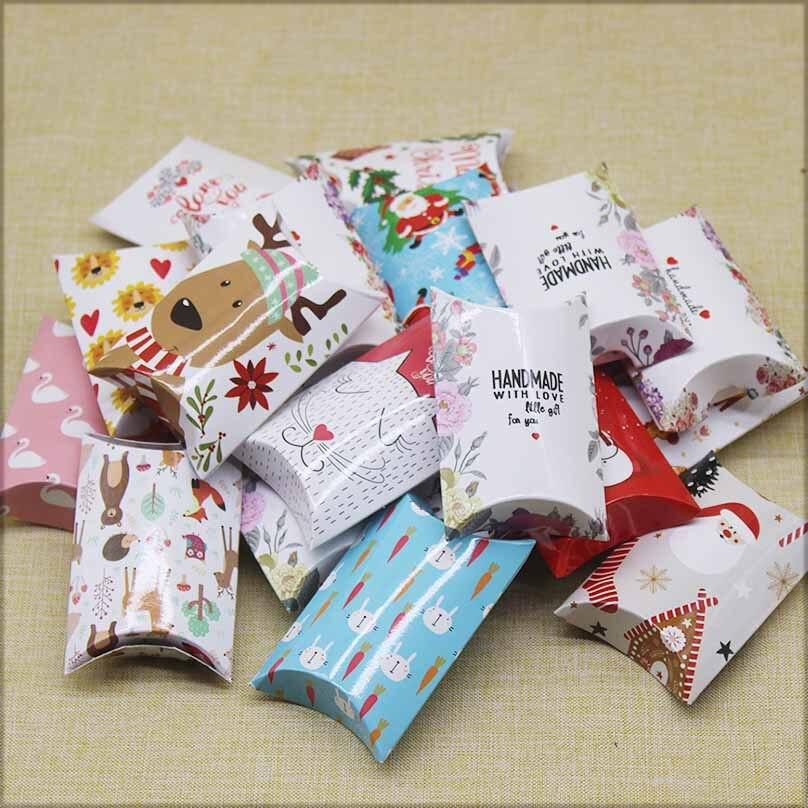 8x5,5x2cm 10/20 piezas caja de almohada caliente lindo gato/jirafa animales embalaje almohada hecha a mano con estilo de amor papel de impresión Regalo boda