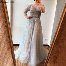 فستان سهرة فاخر وطويل بأكمام طويلة من Serene Hill فضي 2020 برقبة دائرية على شكل حرف a فستان رسمي مثير للحفلات CLA60869