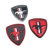 Car Styling in metallo Running Horse Door Badge Sticker Trunk Fender Auto Emblem 3 decalcomania di colore per Mustang