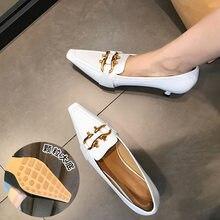 Женские туфли в стиле ретро с квадратным носком и глубоким на