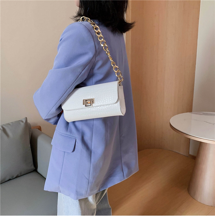 Crocodile Pattern Vintage Soild Color Small Square Bag For Women 2020 summer Handbag And Small Chain Bags Fashion Armpit Bag (1)