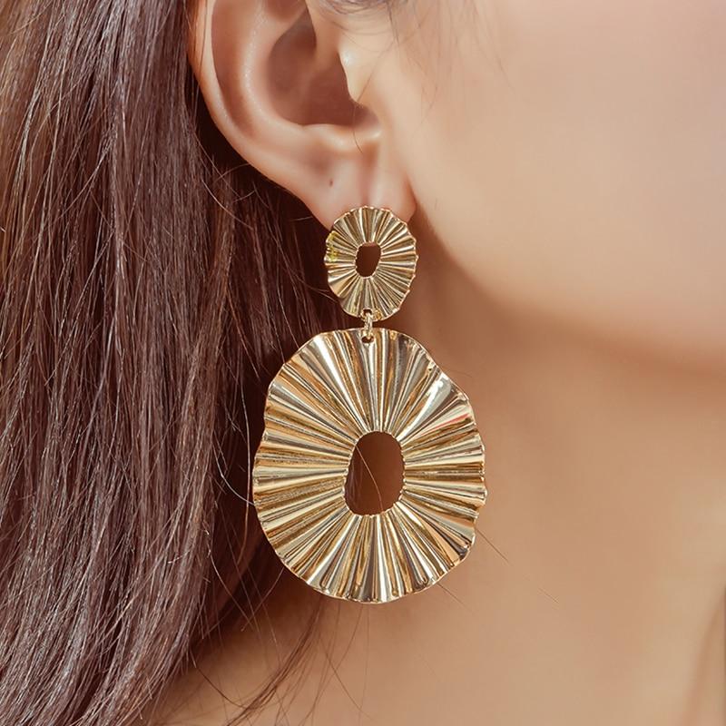 AENSOA Statement 2020 New Vintage Big Hollow Oval Earrings For Women Gold Color Geometric Dangle Earrings Simple Earring Jewelry