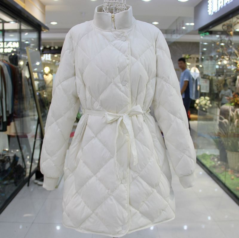 Winter Jacket Women Ultra Light 90% White Duck Down Parkas Female Turtleneck Collar With Belt Slim Long Jacket Coats