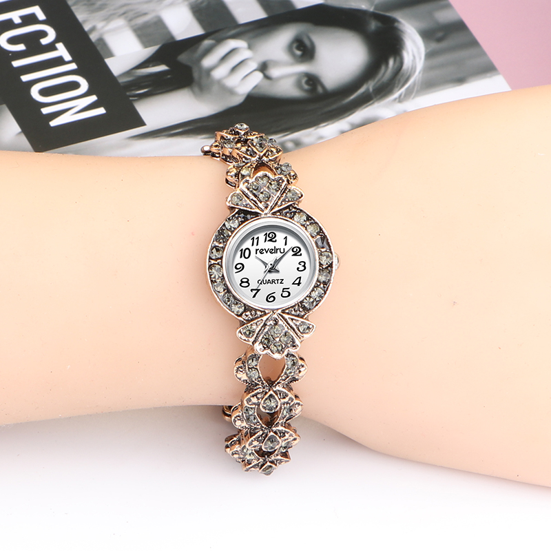 QINGXIYA 2019 Luxury Brand Rhinestone Ancient Gold Watches Women Bracelet Diamante Quartz Watch Women Dress Watches Female Hours