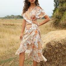 В богемном стиле с принтом асимметричным подолом оборками платье