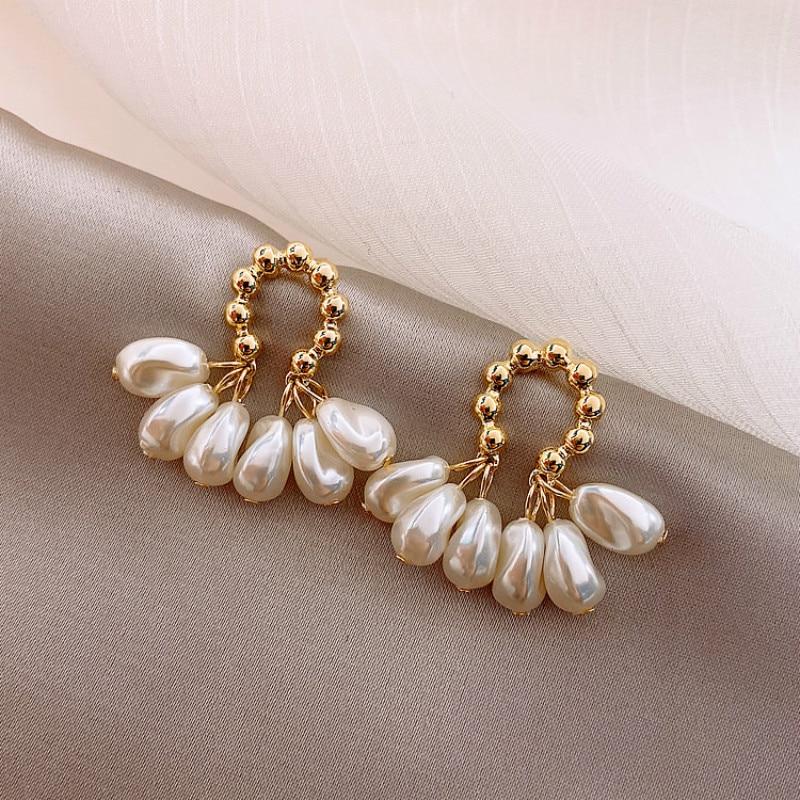 2020 South Korea New Fashion Baroque Pearl Earrings Temperament Personality Versatile Pendant Earrings Elegant Jewelry For Women