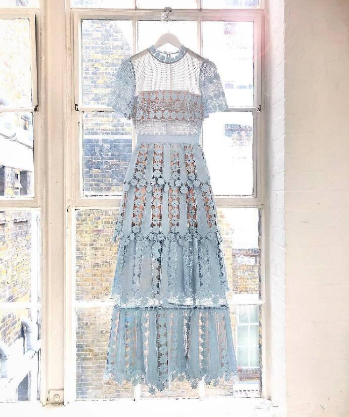 2019 nouvelle arrivée dentelle maxi robe bleue