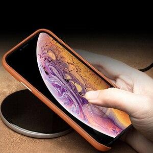 Image 4 - Luksusowy Vintage miękki skórzany futerał dla iPhone 7 8 Plus X XR XS MAX metalowy przycisk głośności dla iPhone 11 11Pro MAX obudowa tylna
