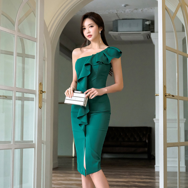 2019 Spring And Summer Korean-style-Trimmed Collar And Naked Shoulder Cool Vertical Pendant Collar Slit Sheath Mid-length Dress