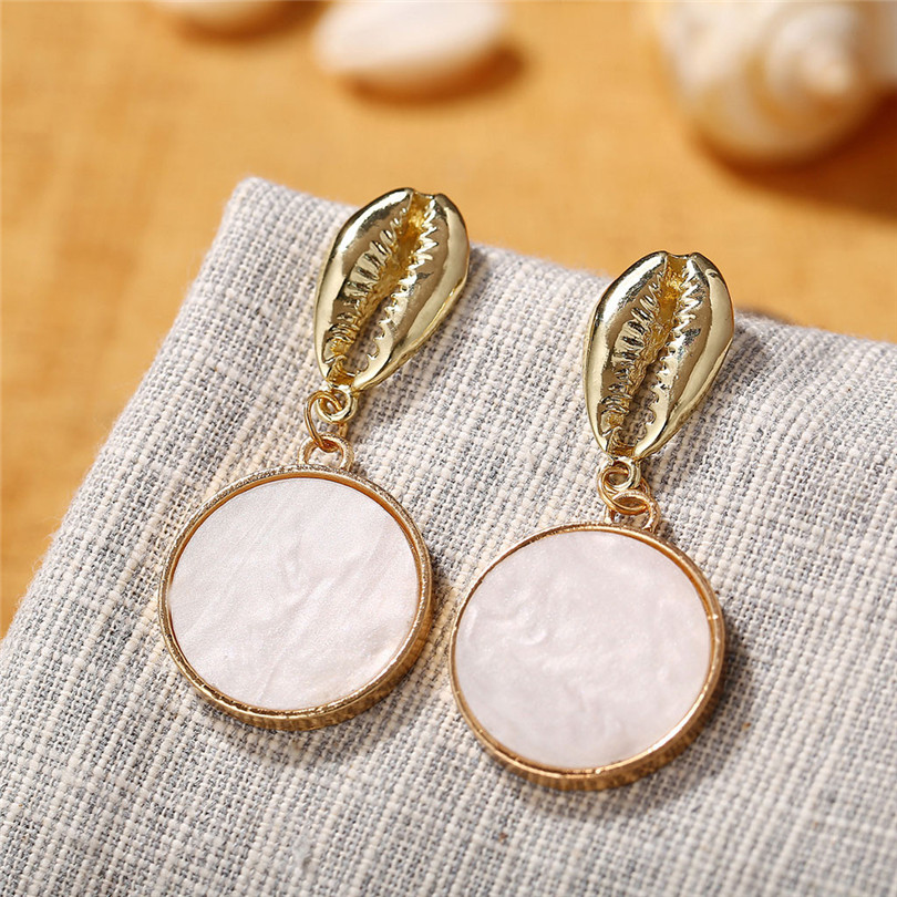 Simple Metallic Stud Earrings Gold Outer Ring Irregular Shape Love Acrylic Earrings Ladies Jewelry Boucle D`Oreille Femme 30AUG612