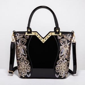 Image 4 - Ainvoev 핸드백 여자 수 놓은 광택 숄더 가방 지갑 여성 럭셔리 핸드백 여자 옻칠 PU 가죽 가방 여성을위한