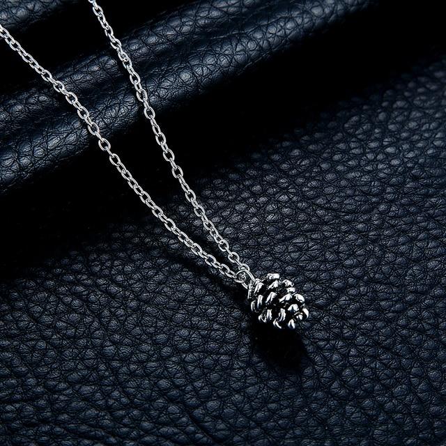 Nouveau mignon pignons de pin mode collier petites pommes de pin longue chaîne dessin animé noix plante spécimen collier femme pendentif bijoux cadeau
