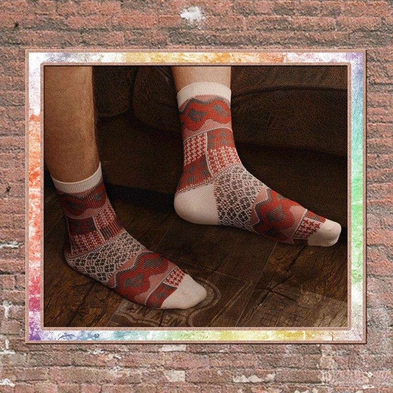 1Pair Men Casual Socks National Retro Style Printed Anti slip Breathable Cotton Hosiery Footwears