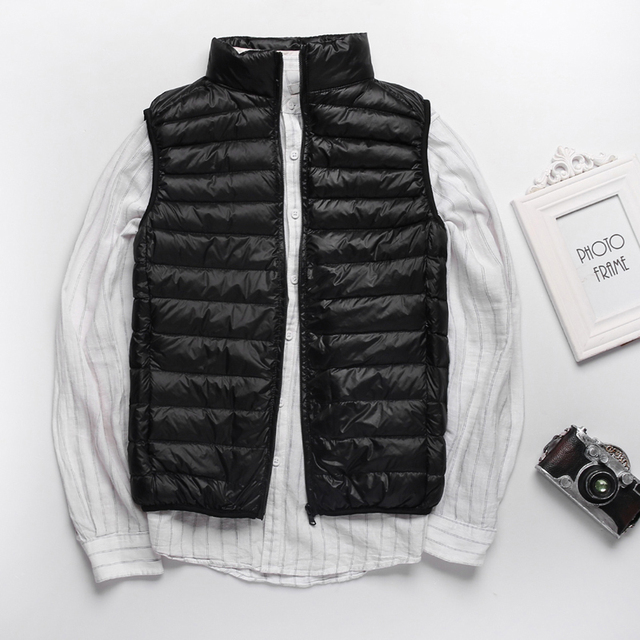 Winter Men Duck Down Vest Coat Ultralight Sleeveless Puffer Vest Jacket Fashion Stand Collar Windproof Duck Down Waistcoat 3