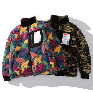 Image 3 - 2019 สะโพกHop REVERSIBLE Parkaที่มีสีสันสัตว์สีCamouflage Streetwearผู้ชายHarajukuเสื้อกันหนาวเสื้อขนแกะฤดูหนาวZip