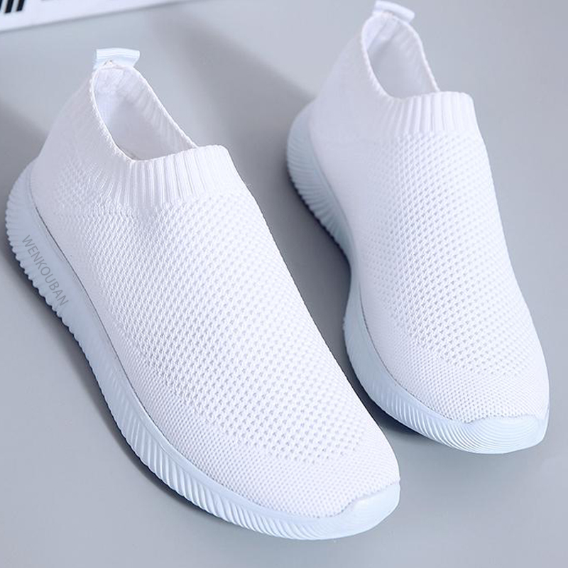 Women White Sneakers Female Knitted Vulcanized Shoes Casual Slip On Flats Ladies Sock Shoes Trainers Summer Tenis Feminino 2020
