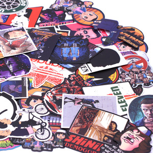 Image 5 - 100 PCSมากคนแปลกหน้าสติกเกอร์แพ็คสำหรับเด็กบนแล็ปท็อปตู้เย็นโทรศัพท์สเก็ตบอร์ดภาพยนตร์Stangerสติกเกอร์
