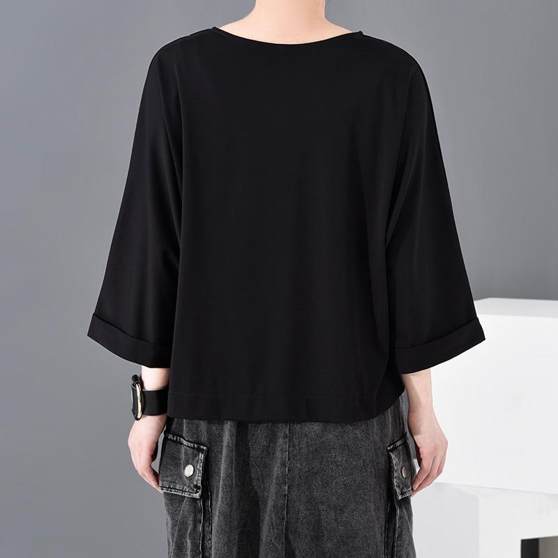 [EAM] Women Black Button Vent Split Big Size T-shirt New Round Neck Three-quarter Sleeve Fashion Spring Autumn 2020 JT23301 5