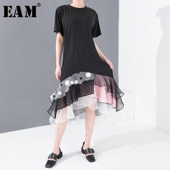 [EAM] vestido negro Irregular de malla de puntos Split Midi nuevo cuello redondo manga corta suelta Fit moda Primavera Verano 2020 1T86101