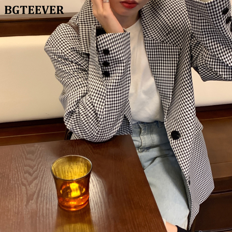 BGTEEVER Vintage Notched Collar Plaid Women Blazers Single-breasted Pockets Loose Female Suit Jacket 2020 Outwear Jacket Femme