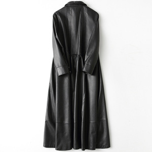 Image 2 - Gabardina de piel auténtica para mujer, abrigo largo sencillo de piel de oveja, color negro clásico, chaquetas con cuello vuelto para oficina
