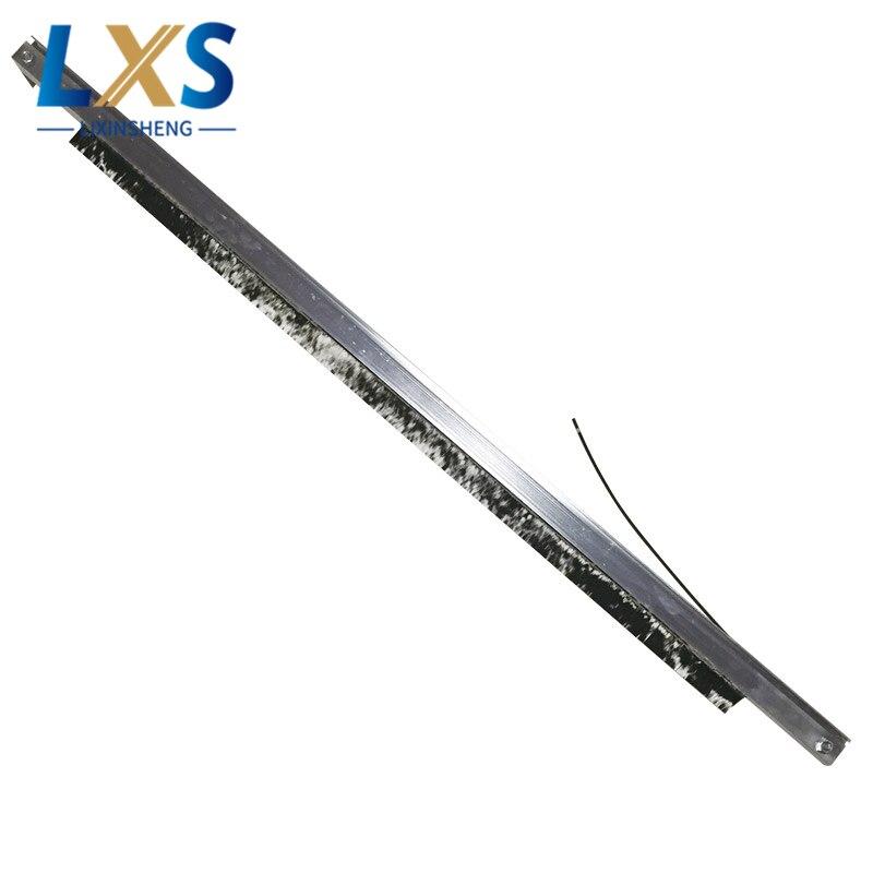 100% Italy Conductivity Carbon Fiber 800x860mm Antistatic Brush Use In Plastic Film