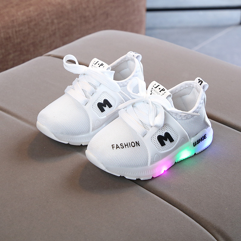 2020 New Fashion Hot Sales Sneakers Children Cool LED Lighted Baby Sneakers 5 Stars Lace Up Boys Girls Casual Shoes Tennis Kids