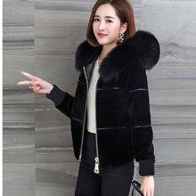2021 New Women's Winter Sheep Sharing Overcoat Ladies High Waist Slim Faux Fur Jacket Female Fake Fox Fur Hooded Short Coat O4