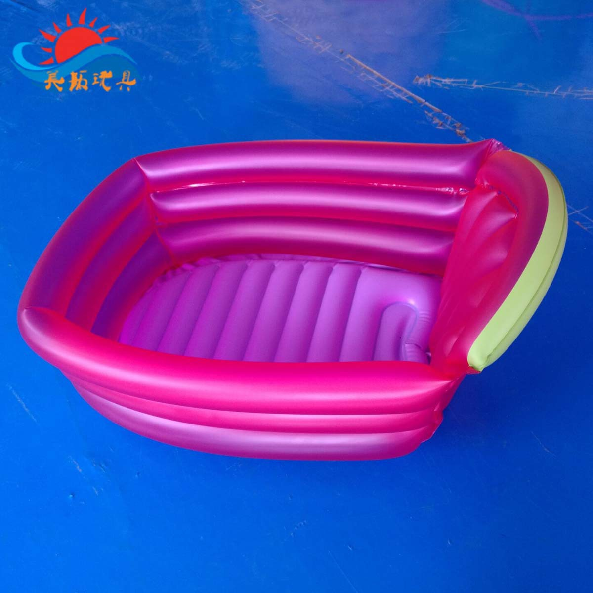 Infant Thick PVC Inflatable Bathtub With Colorful Box Sufficient