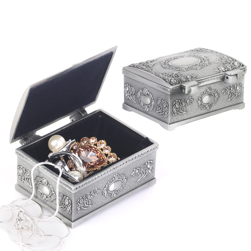 Stylish Fashion Treasure Chests Shape Tin Jewelry Ring Box Gift Case Antique Silver Crystal Candy Storage Organizer Trinket Box