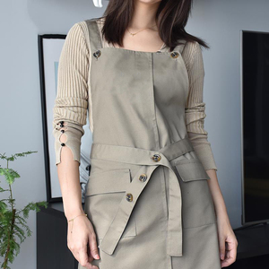 Image 5 - צללית חדשה מעצב סינר מתכוונן יוניסקס סנדלר מדים עם כיסים אמנות חלוק סינרי נשים קוסמטיקאיות עבור Workwear