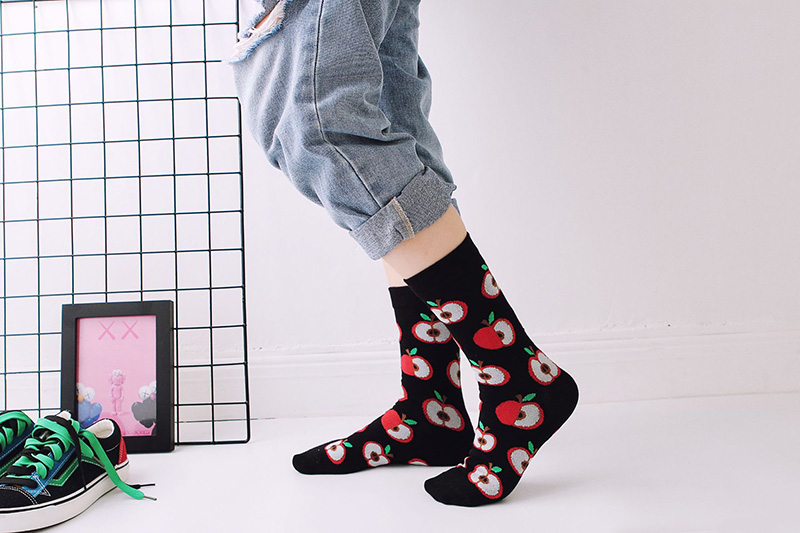 H358576418fef43089dc66487c9650bf3o - Women Happy Funny Socks With Print Art Cute Warm Winter Socks With Avocado Sushi Food Cotton Fashion Harajuku Unisex Sock 1 Pair