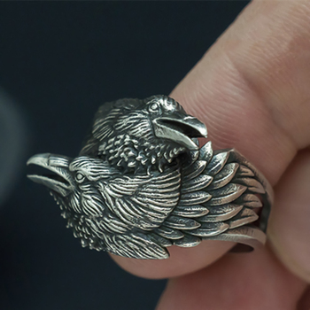 bague viking corbeau