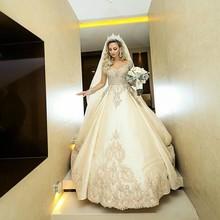 Nova Sheer Vestidos de Casamento Mangas Compridas Rendas Apliques 2019 Frisado Vestidos de Noiva Jardim Formal Plus Size Robe De Casamento Feito Sob Encomenda