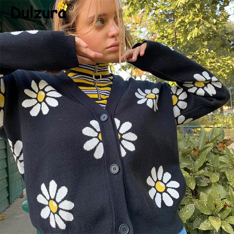 2020 Spring Sweet Girls Daisy Print Knitted Cardigans Harajuku Chic V-Neck Long-Sleeve Sweater Coat Vintage Streetwear Femme