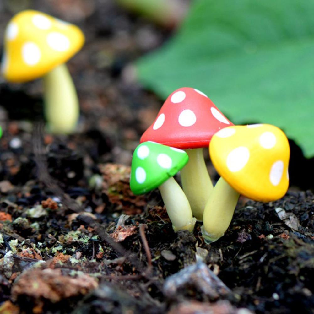 3pcs Miniature Mushrooms Garden Ornaments Figurines For Micro