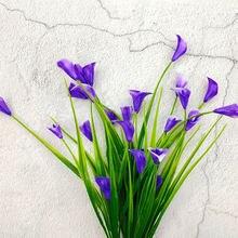 25 köpfe/bouquet Künstliche Blumen Calla Mit Blätter Gefälschte Pflanzen Frühling Calla Lilie Blume Anordnung 5 Gabeln Hause Dekoration