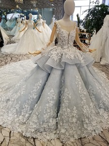 Image 3 - BGW 31121ht Королевское бальное платье, вечернее платье с 3d лепестками цветов, Тюлевое платье с длинными рукавами, круглым вырезом, бисером, Дубай, женское платье для особых случаев 2020