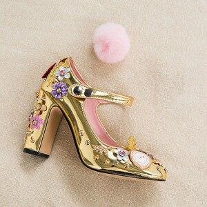 Image 3 - Phoentin tribunal estilo mary jane sapatos rebite bombas de cristal com pele relógio decoração 2020 ouro salto alto botão fechamento FT333 1