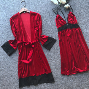 Image 2 - 2019 Otoño Invierno mujer traje de terciopelo y vestido conjuntos dormir salón Pijama señoras Albornoz + vestido de noche con pecho almohadillas
