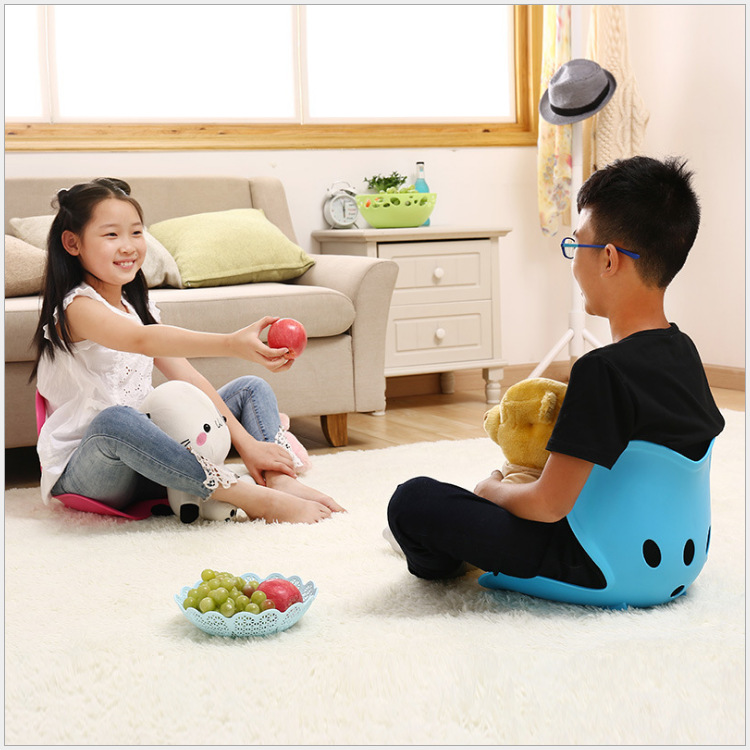 Correction Sitting Prevent Hunchback Waist Support Spine Posture Chair Children Class Writing Sitting Protection Spine Cushion