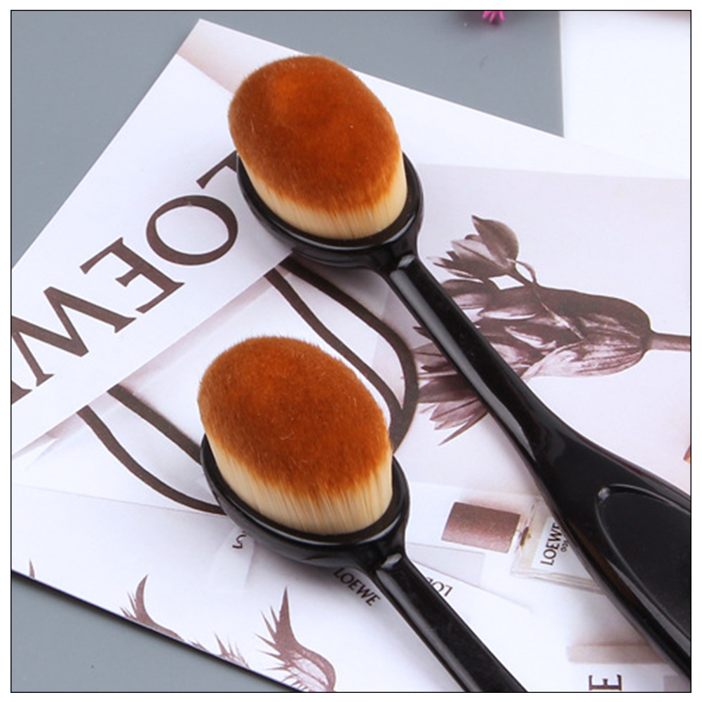 2020 Hot Makeup Brushes Oval Cosmetic Makeup Toothbrush Pro Blush Face Powder Foundation Brush Makeup Tool image