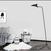Modern Design Black/White Floor Lamp Metal Mantis Arm Floor Light Standing Lamp Loft Industrial Bedroom Indoor Decor Table Lamps