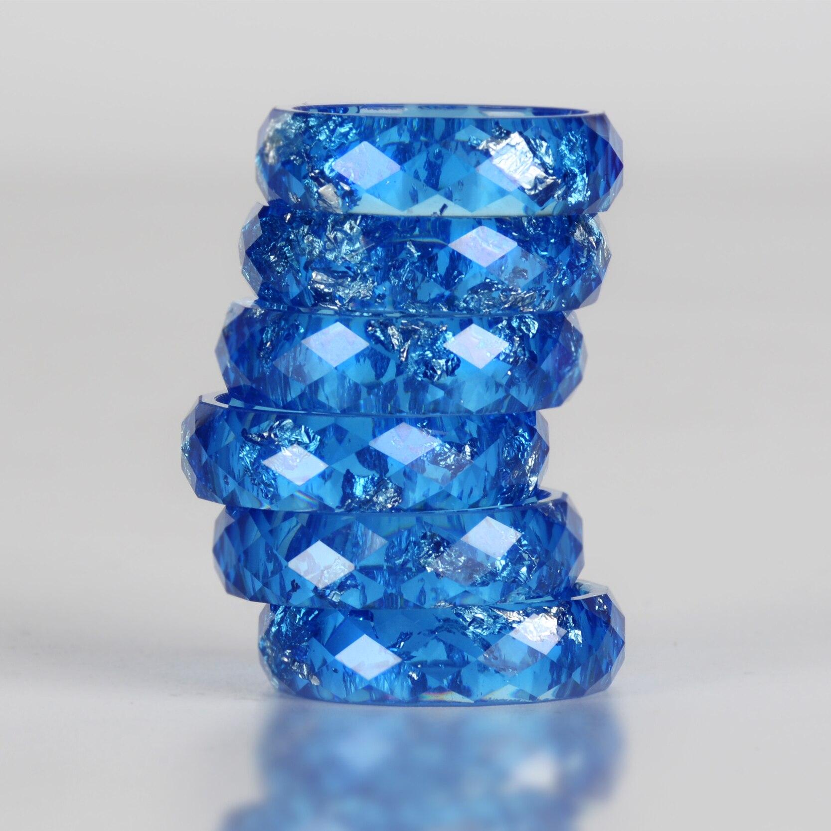 H35c0a7cd991e4ee582dbdb22708b0b08Y - Crystalic Resin Ring