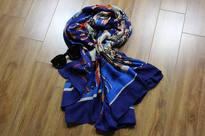 One size winter  Keep warm  Female Big shawl Square Comfortable cartoon pictures Women's scarf red blue